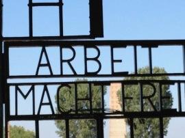 sachsenhausen, the gates - photo @SandraDanby