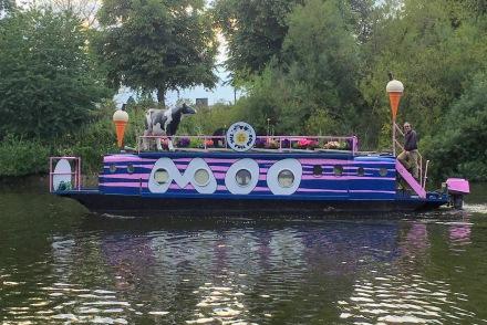 A Funky Ice-Cream Boat